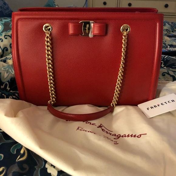 e29ed528508 M 5b8dc98d0e3b8671fb55c418. Other Bags you may like. Salvatore Ferragamo  medium leather ...